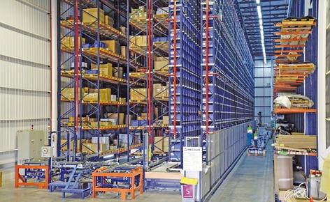 Mecalux desenvolve para Renfe um tipo de armazém que se adapta a todos os seus centros de manutenção