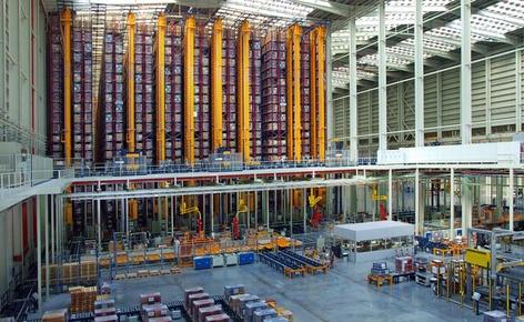 A Mecalux conclui o processo de automatização dos armazéns da Porcelanosa Grupo em Castellón
