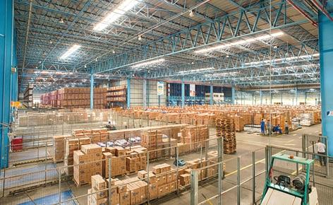 Uma grande área de preparação de pedidos: característica chave do projeto Mecalux para Ypê em São Paulo