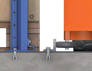 """Os paletes são apoiados diretamente no chão. Um perfil em """"L"""", fixado no chão, atua como guia."""