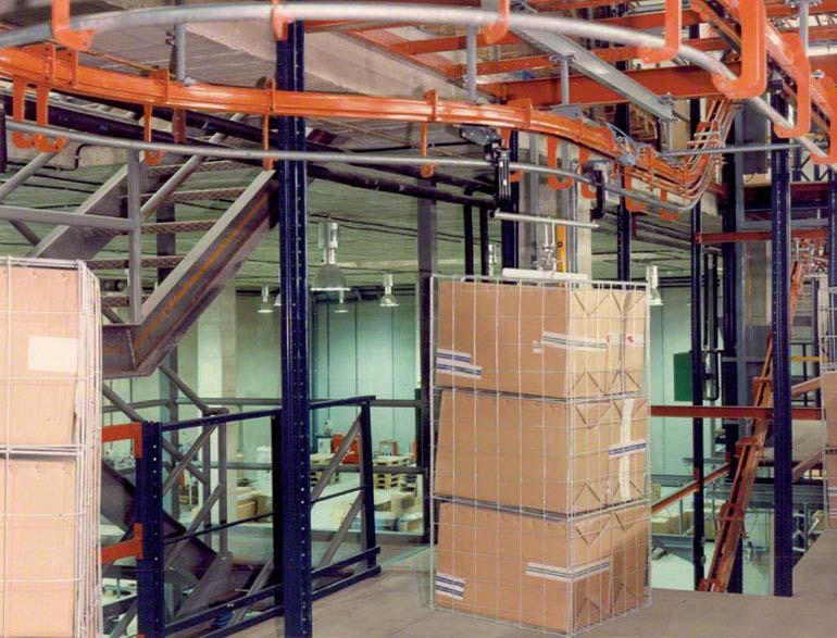 Transportadores aéreos de corrente. Imagem cedida pela Duro