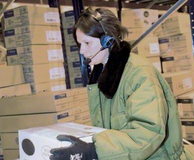 Sistema voice picking aplicado em um centro logístico automatizado para a armazenagem e distribuição de produtos congelados