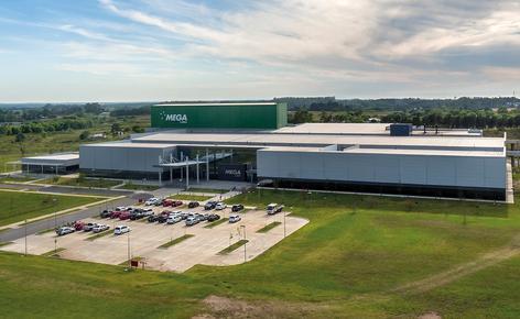 A Mecalux construiu para a Mega Pharma um novo armazém automático autoportante no Uruguai com uma capacidade que supera os 6.900 paletes
