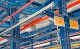 Medidas de proteção para estantes metálicas e armazéns contra os riscos  de incêndio
