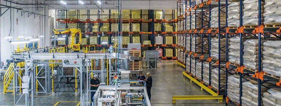 A Nestlé implementa um armazém na Argentina para a linha de leite em pó