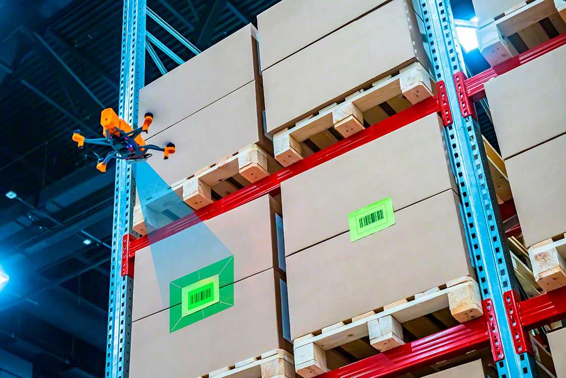 Os drones podem fazer o inventário do armazém, inspecionando quais itens estão armazenados nas prateleiras